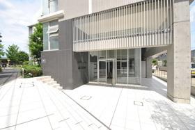 コンフォリア駒場エントランス
