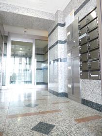 スカイコート駒沢大学エントランス