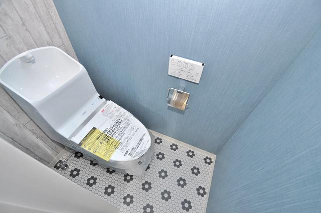 クリエオーレ稲田本町 清潔感のある綺麗なトイレにはウォシュレット標準装備です。