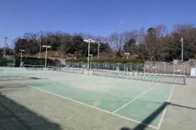 錦織運動広場テニスコート