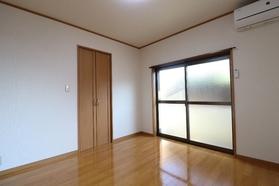 グリーンハイムA 101号室