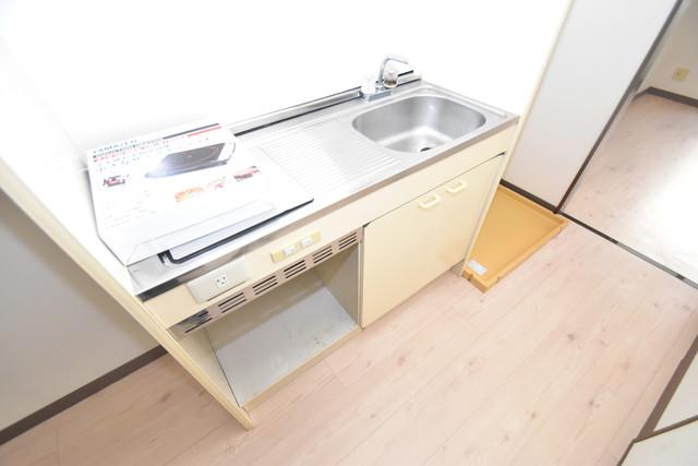 レスポワール 電気コンロ付きのキッチンはお手入れが楽チンですよ。