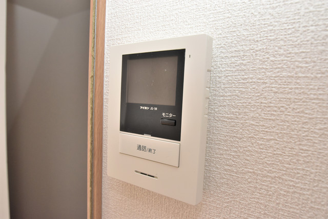 タケハウス5 TVモニターホンは必須ですね。扉は誰か確認してから開けて下さいね