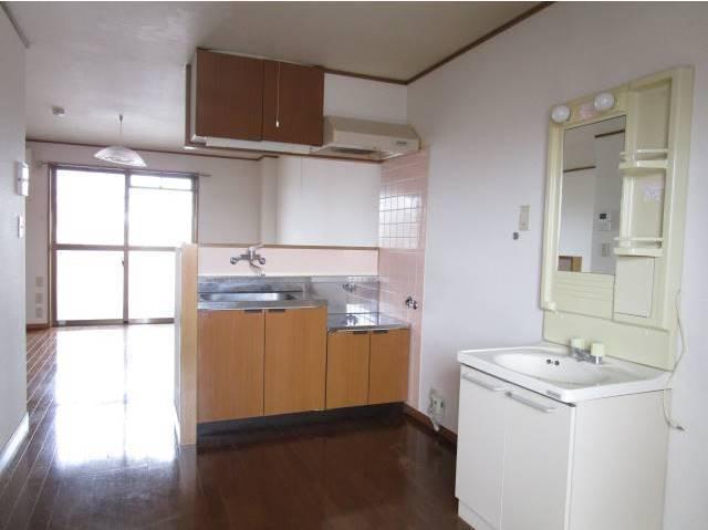 キッチン、洗面台