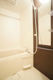 浴室乾燥機付バス。