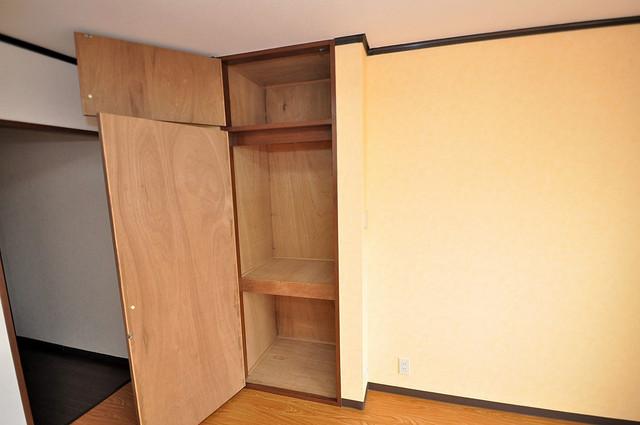 アスリートコート コンパクトながら収納スペースもちゃんとありますよ。