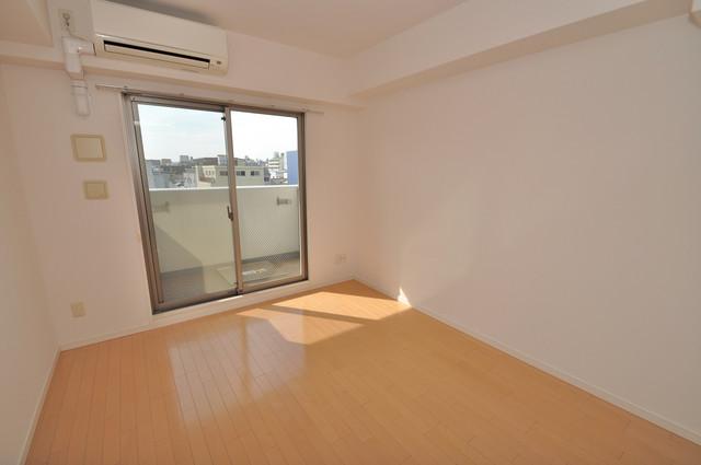 CASSIA高井田SouthCourt 朝には心地よい光が差し込む、このお部屋でお休みください。