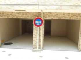 スカイコート多摩川壱番館駐車場