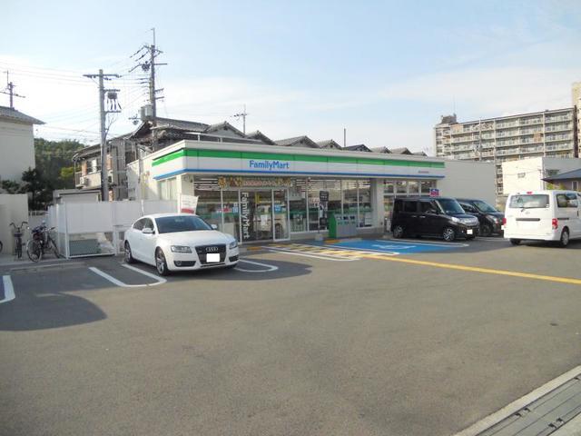 ファミリーマート富田林若松町店
