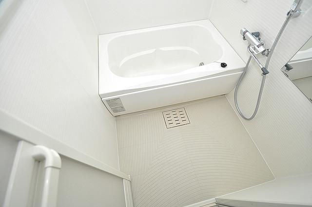 K.Bld ゆったりサイズのお風呂は落ちつける癒しの空間です。