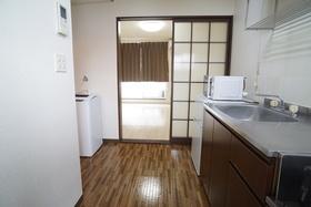 https://image.rentersnet.jp/3a35722a-575f-478a-acb0-f2d705b9050f_property_picture_956_large.jpg_cap_キッチン