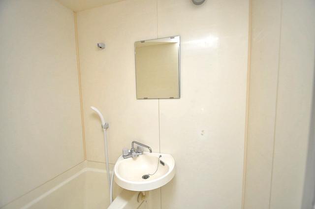 ロイヤル加美北 可愛いいサイズの洗面台ですが、機能性はすごいんですよ。