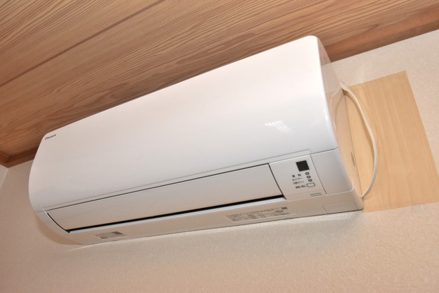 大蓮南2-18-9 貸家 最初からエアコンが付いているなんてお得ですね