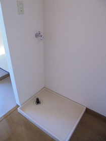 https://image.rentersnet.jp/3ad1f3ef-66dd-497e-a463-e05e747a7cc7_property_picture_3186_large.jpg_cap_居室