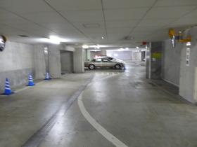 藤和目黒ホームズ駐車場
