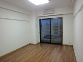 https://image.rentersnet.jp/3b5d0736-9bbc-4116-8931-74d802c8f873_property_picture_958_large.jpg_cap_居室