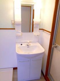 洗面スペースにある洗面化粧台