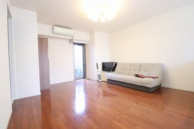 https://image.rentersnet.jp/3b8dfc62-2df8-41ef-89fa-b551d5c36f8a_property_picture_1992_large.jpg_cap_居室