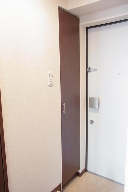 スカイコート池袋西壱番館玄関