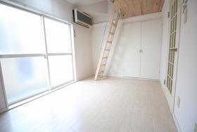 https://image.rentersnet.jp/3ba9f864-2117-468c-a5c0-debf06139584_property_picture_957_large.jpg_cap_居室