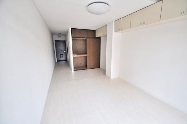 MAISON YAMATO 白を基調とした内装でおしゃれで、落ち着ける空間です。
