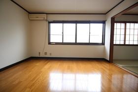 https://image.rentersnet.jp/3c3bc0dd-6afe-4cdc-a0cc-2cf1791d2b8e_property_picture_1992_large.jpg_cap_居室