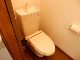 https://image.rentersnet.jp/3c5c8d6a-0b52-4890-9968-097248adb666_property_picture_953_large.jpg_cap_トイレ