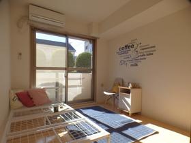 洋室モデルルーム仕様※家具小物等は設備に含まれません。