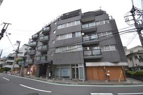 赤坂駅 徒歩7分