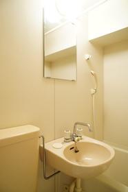 バス・トイレと同室です。