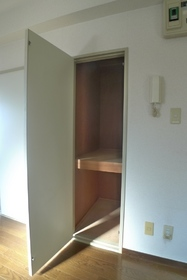 NIビル 306号室
