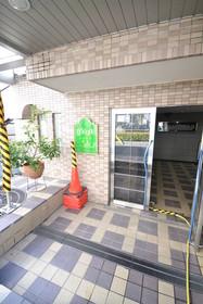 武蔵小山駅 徒歩8分エントランス