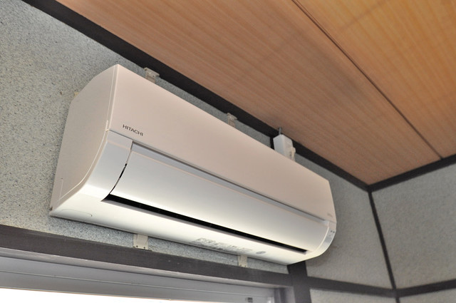 長田3-1-35 貸家 最初からエアコンが付いているなんてお得ですね