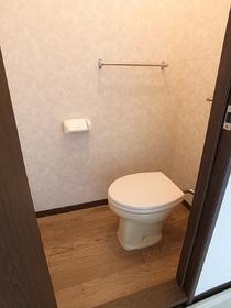 トイレも清潔感がありますね♪