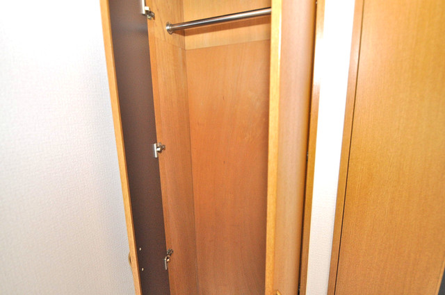 ロンモンターニュ小阪 収納がたくさんあると、お部屋がすっきり片付きますね。