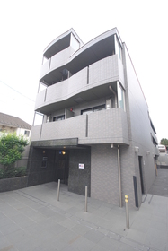 ルーブル駒沢大学参番館エントランス