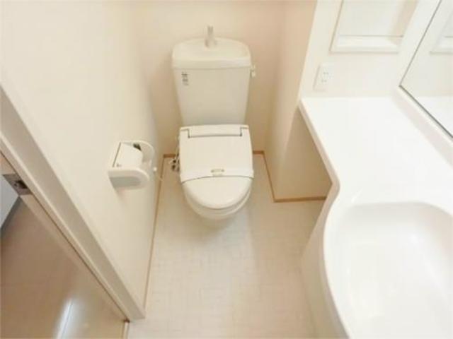 オークコートトイレ