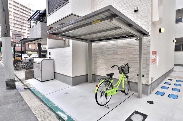 F maison MARE(エフメゾンマーレ) あなたの大事な自転車も安心してとめることができますね。