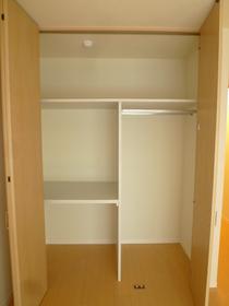 ブラリアハウス 203号室
