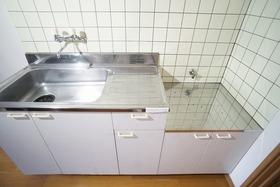 https://image.rentersnet.jp/3e60063b-33cf-44be-bf0d-ca719526e914_property_picture_956_large.jpg_cap_キッチン