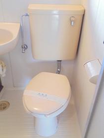 https://image.rentersnet.jp/3e7d1126-6ee8-4433-9f61-4fa3d0022c60_property_picture_3186_large.jpg_cap_トイレ