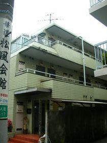 スカイコート新宿第2エントランス