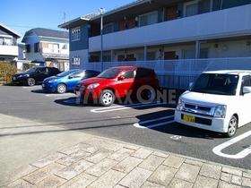 メゾンベール(Maison Belle)駐車場