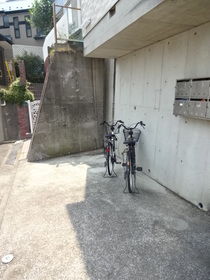 サンティ鎌谷エントランス