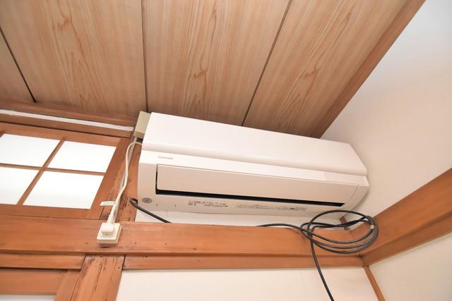 加美北3-12-35貸家 エアコンが最初からついているなんて、本当に助かりますね。