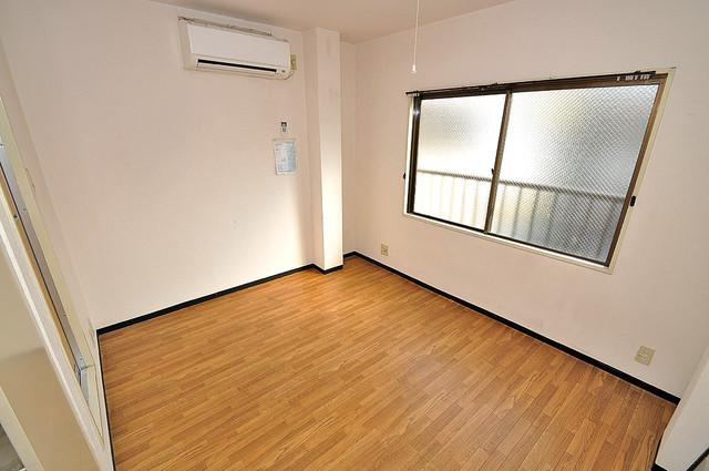 ムーンシングルエイト 明るいお部屋は風通しも良く、心地よい気分になります。