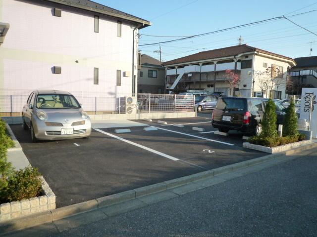 REVERAFFINE(ペット共生)駐車場