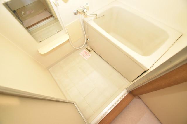 グレイス衣摺 ちょうどいいサイズのお風呂です。お掃除も楽にできますよ。