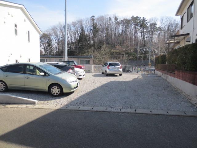 エクセレントYU駐車場