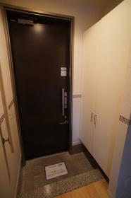 グリーンアベニュー�V 203号室